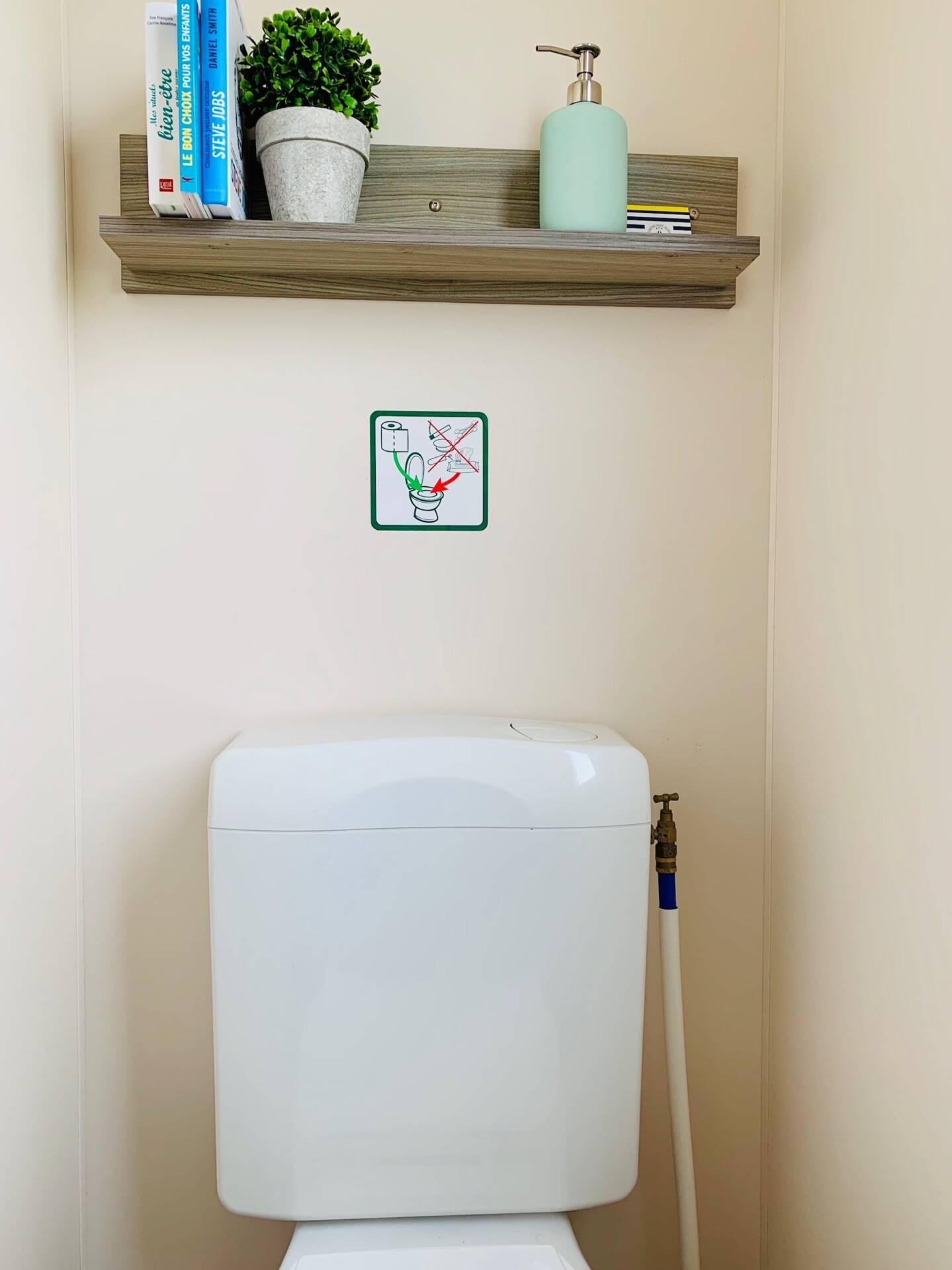 MOBIL HOME CAMPING PORT BLANC DINARD WC