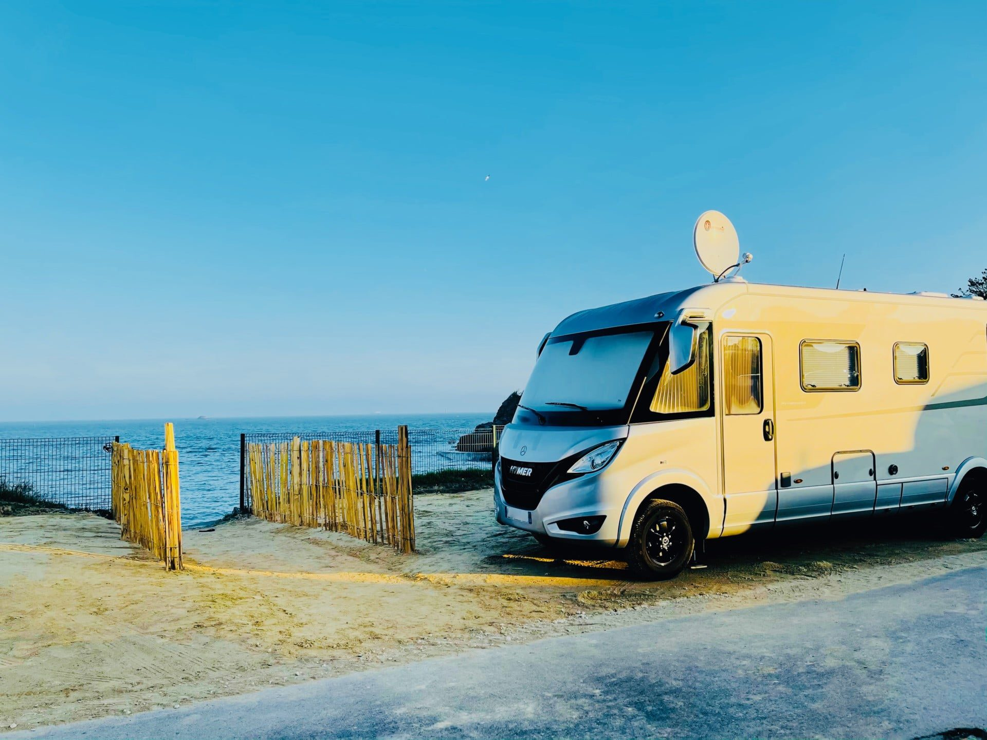 Camping-Port-Blanc-DINARD-Bretagne-CampingCar-Caravane-MobilHome-Vacances-Mer-1