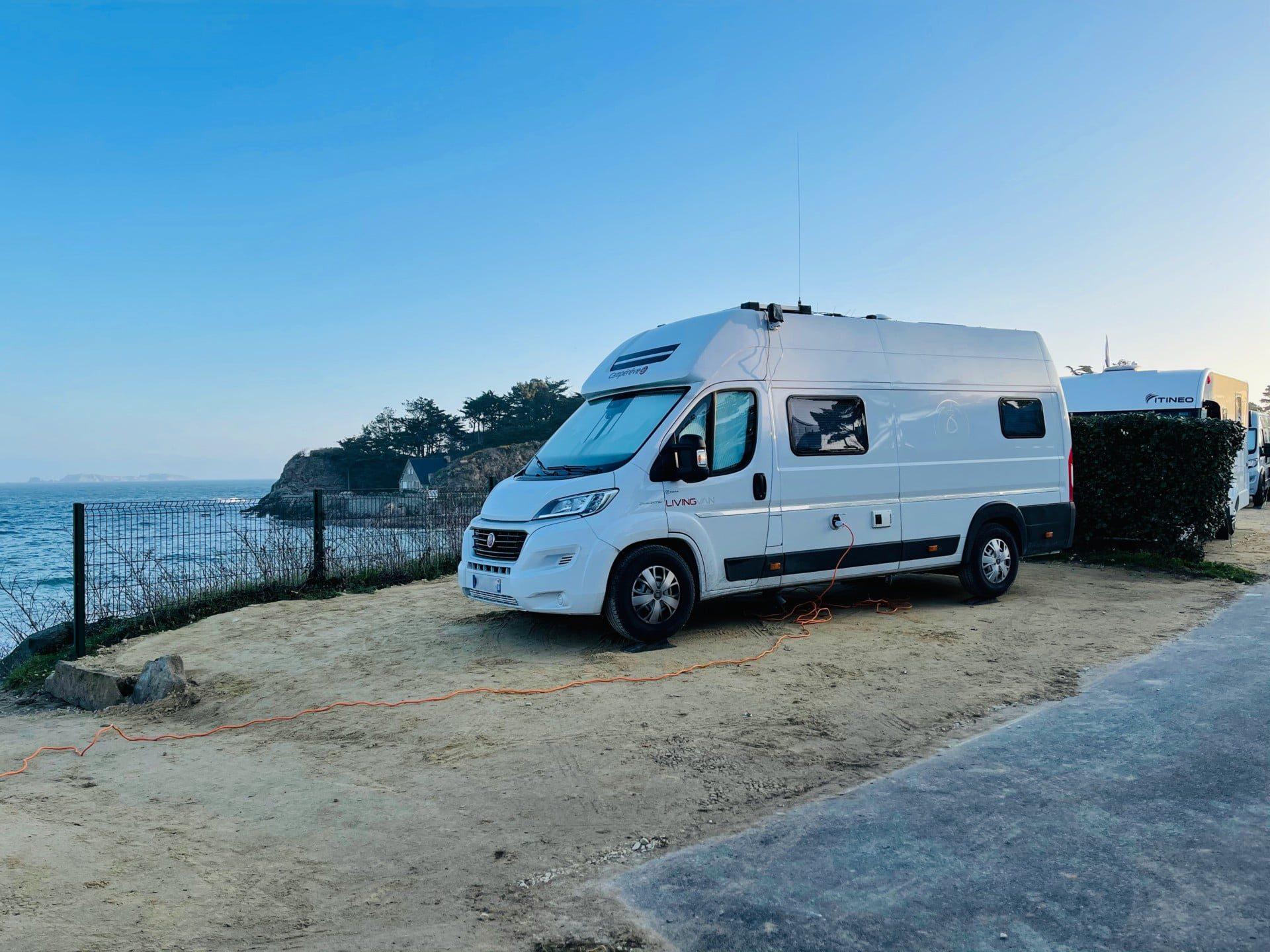 Camping-Port-Blanc-DINARD-Bretagne-Dinard-Côte-dÉmeraude-Vacances-Vue-Mer-1