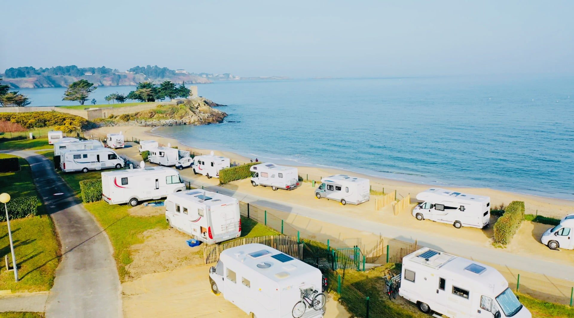 Camping-Port-Blanc-DINARD-Vue-Mer-vacances-détente-nature-